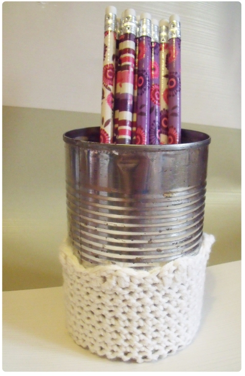 handmade crochet pencil pot