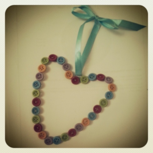 button heart decoration